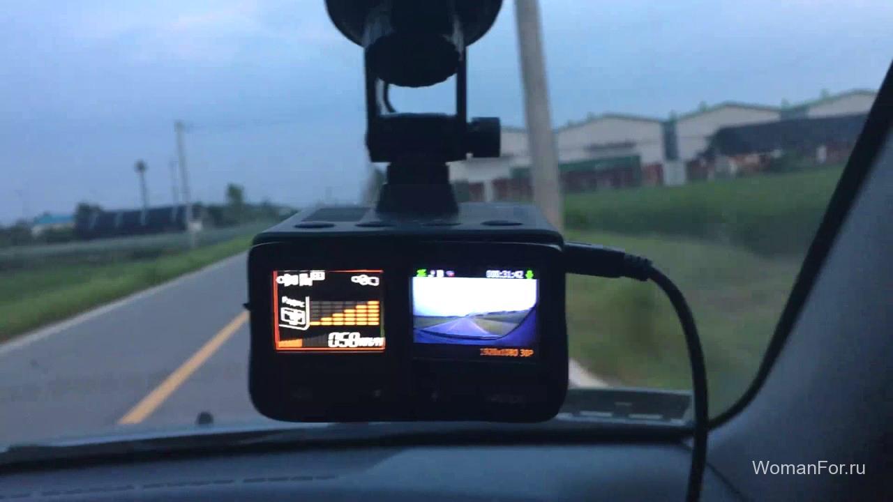 StreetStorm STR-9970BTП видеорегистратор