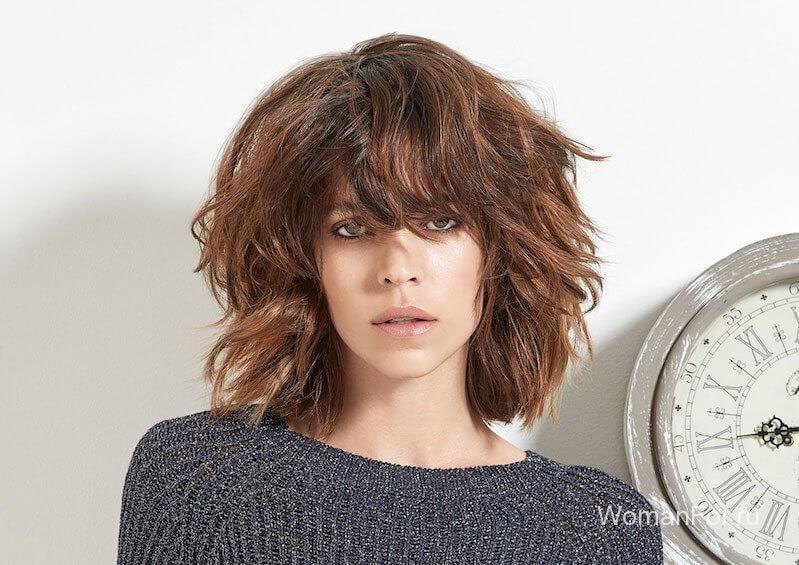 Пышные волосы с челкой