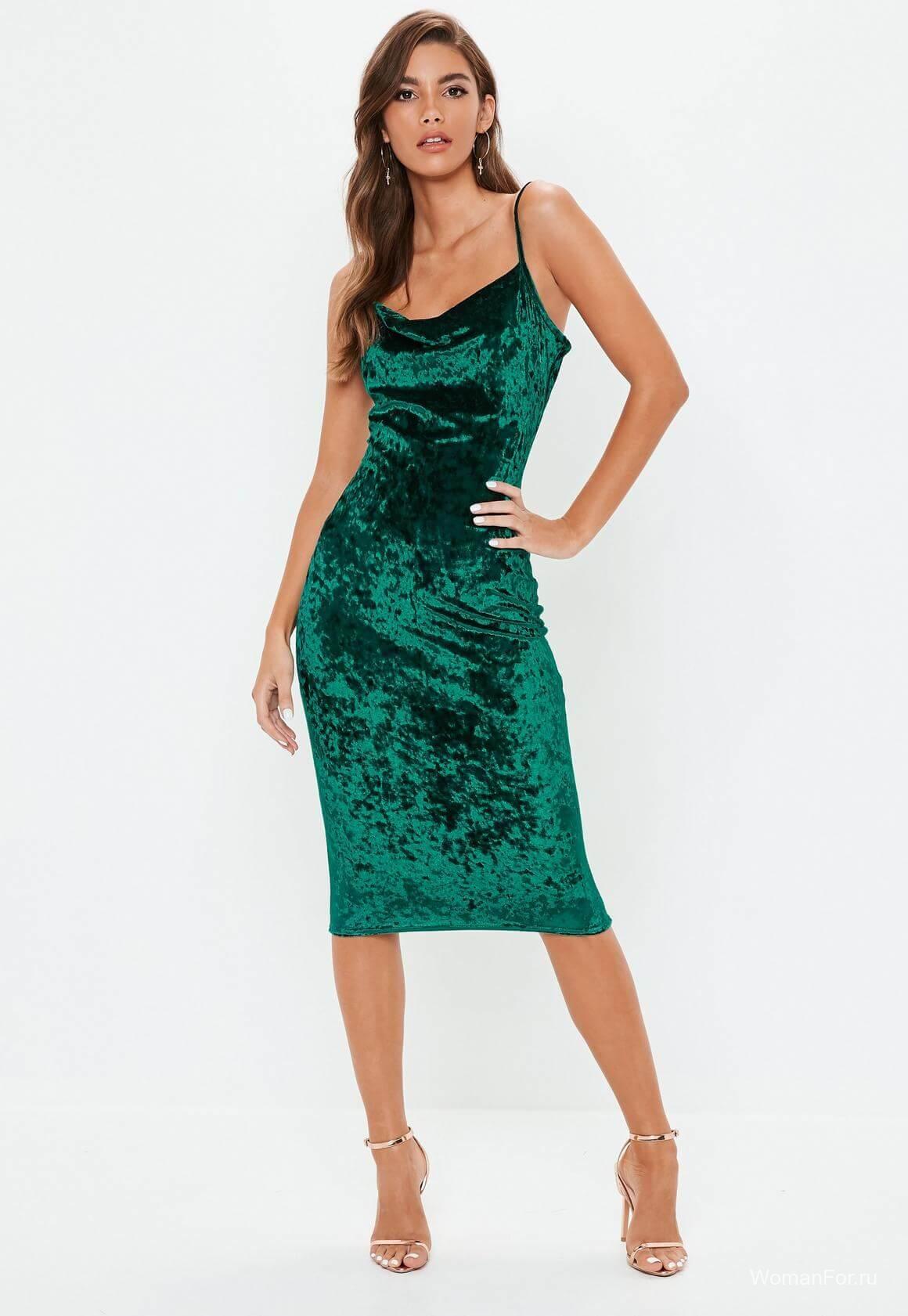 Зеленое платье на Новый год 2019