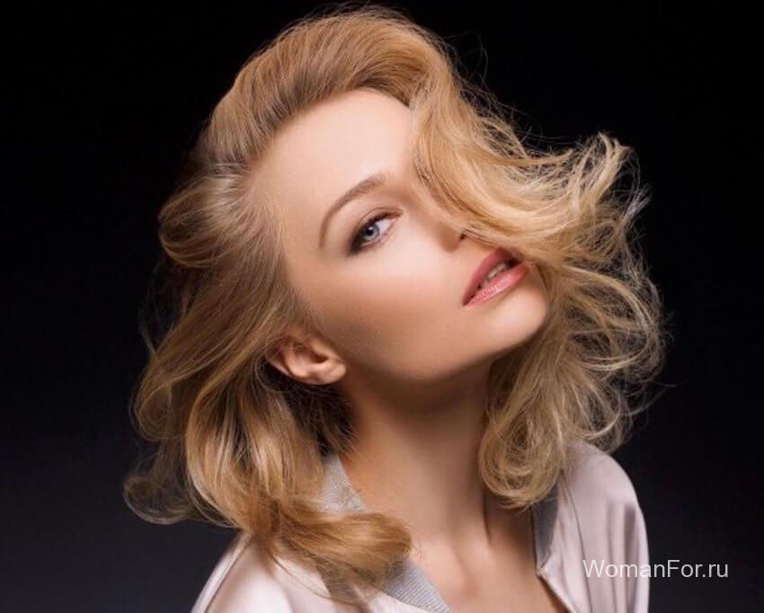 Волнистые волосы с челкой